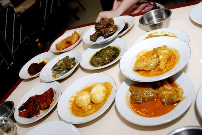 Belajar Promosi Ala Restoran Padang - 1